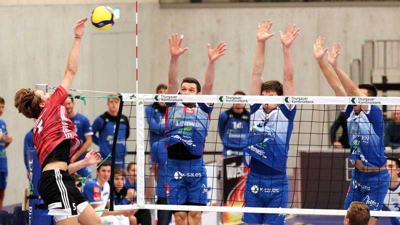 Playoff 1/4-Final, Spiel 3: LINDAREN Volley Amriswil – Traktor Basel